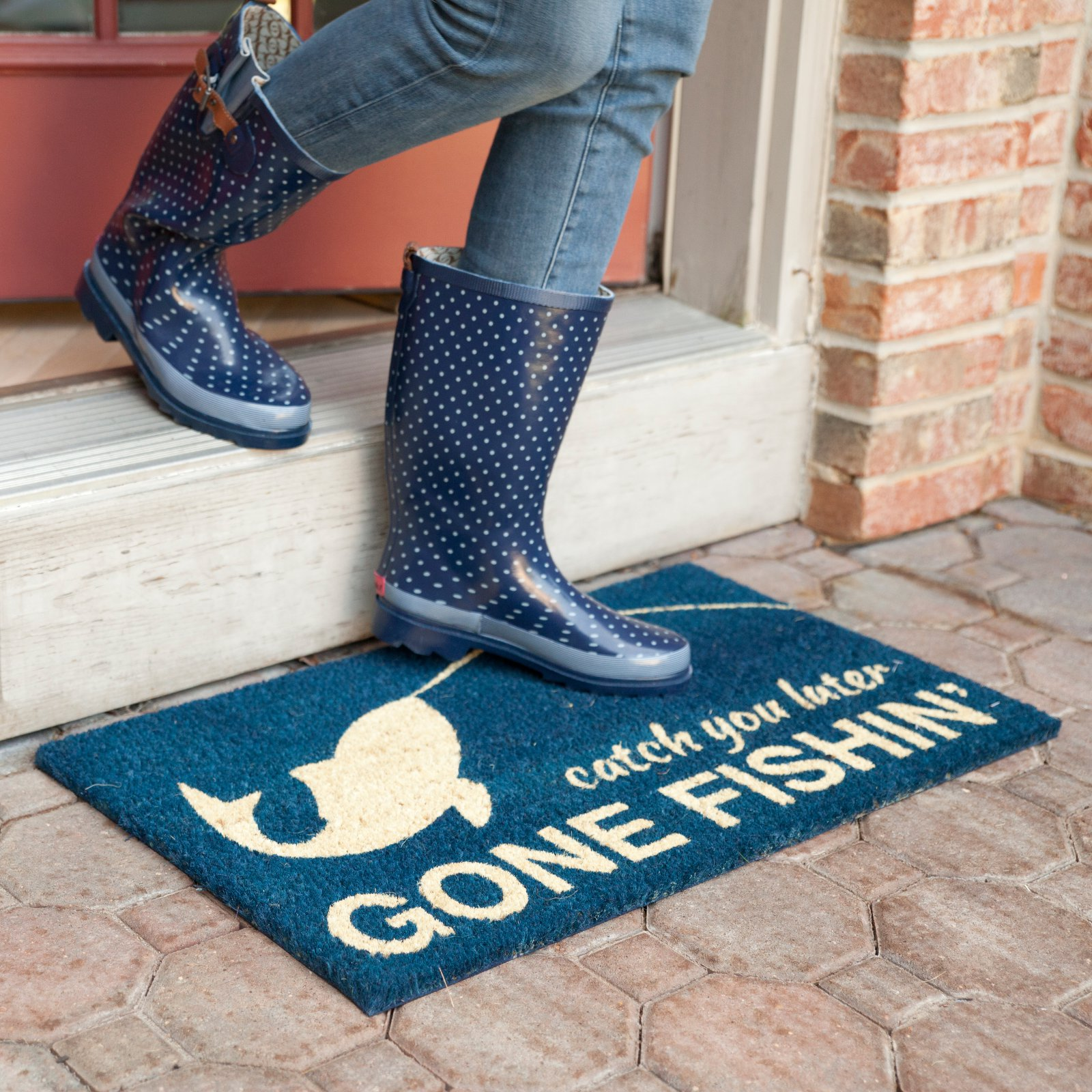 Entryways Gone Fishing Non Slip Coir Door Mat