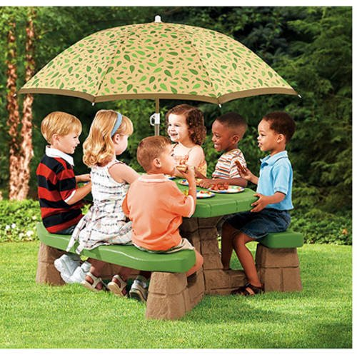 Step2 Naturally Playful Picnic Table With 60 Inch Umbrella Walmart Com