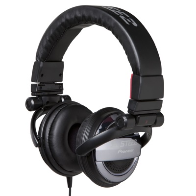 Pioneer SE-D10MT-K Steez Dubstep Headphones with Microphone (Black)