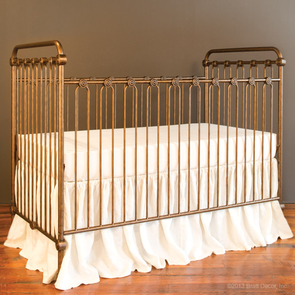 Bratt Decor Joy baby crib vintage gold