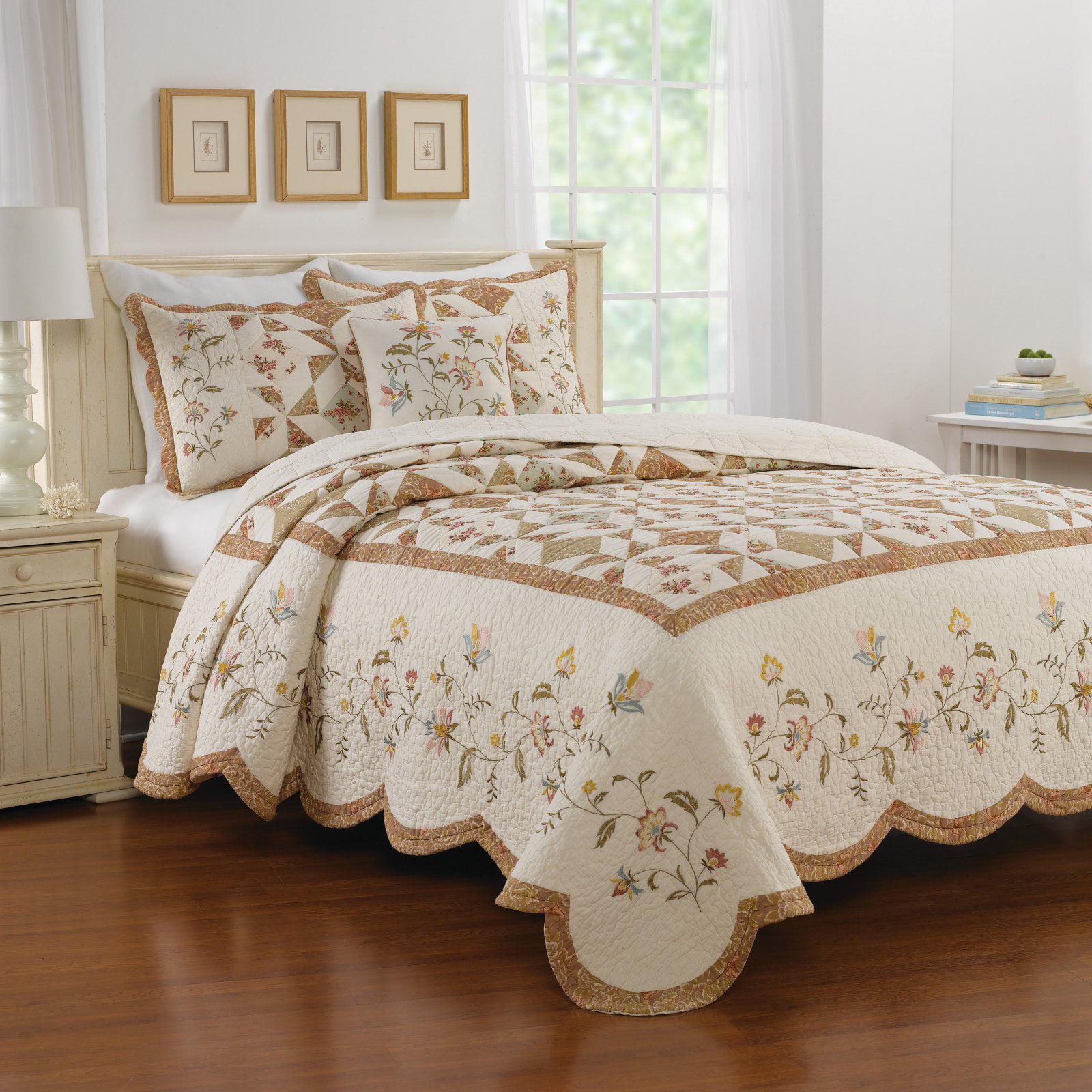 Caroline Bedspread by Nostalgia Home