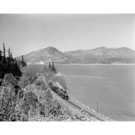 Usa Oregon Columbia River Washington Bank In Distance Canvas Art     24 X 36