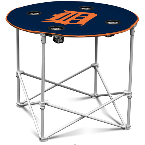 Logo Chair Round Table