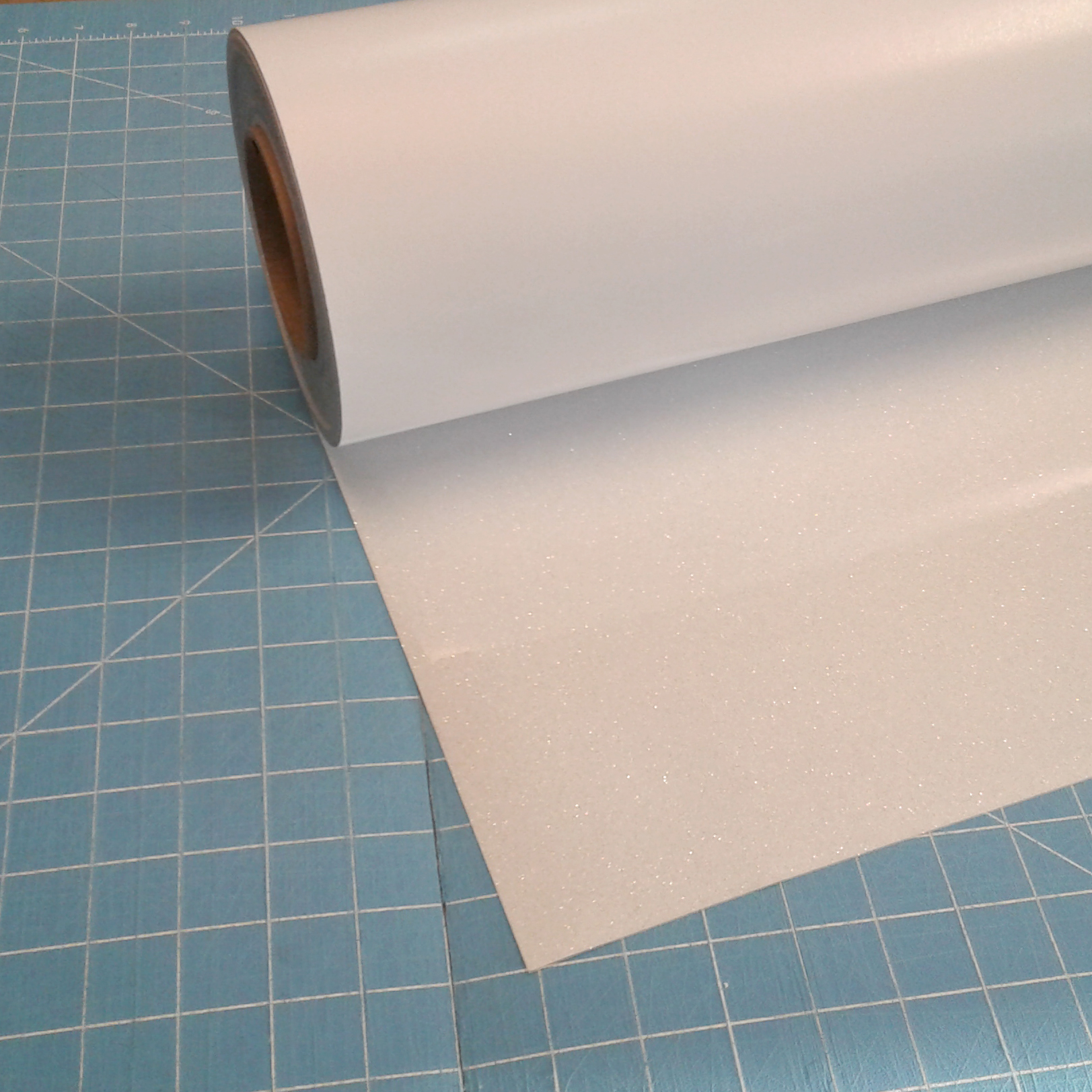 "White Siser Glitter 20"" x 5' Iron on Heat Transfer Vinyl Roll, HTV"