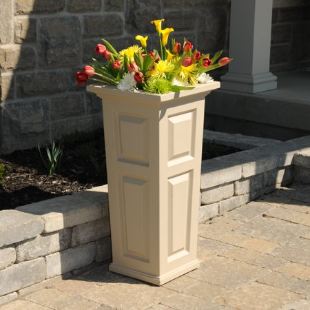 Nantucket Tall Planter Clay
