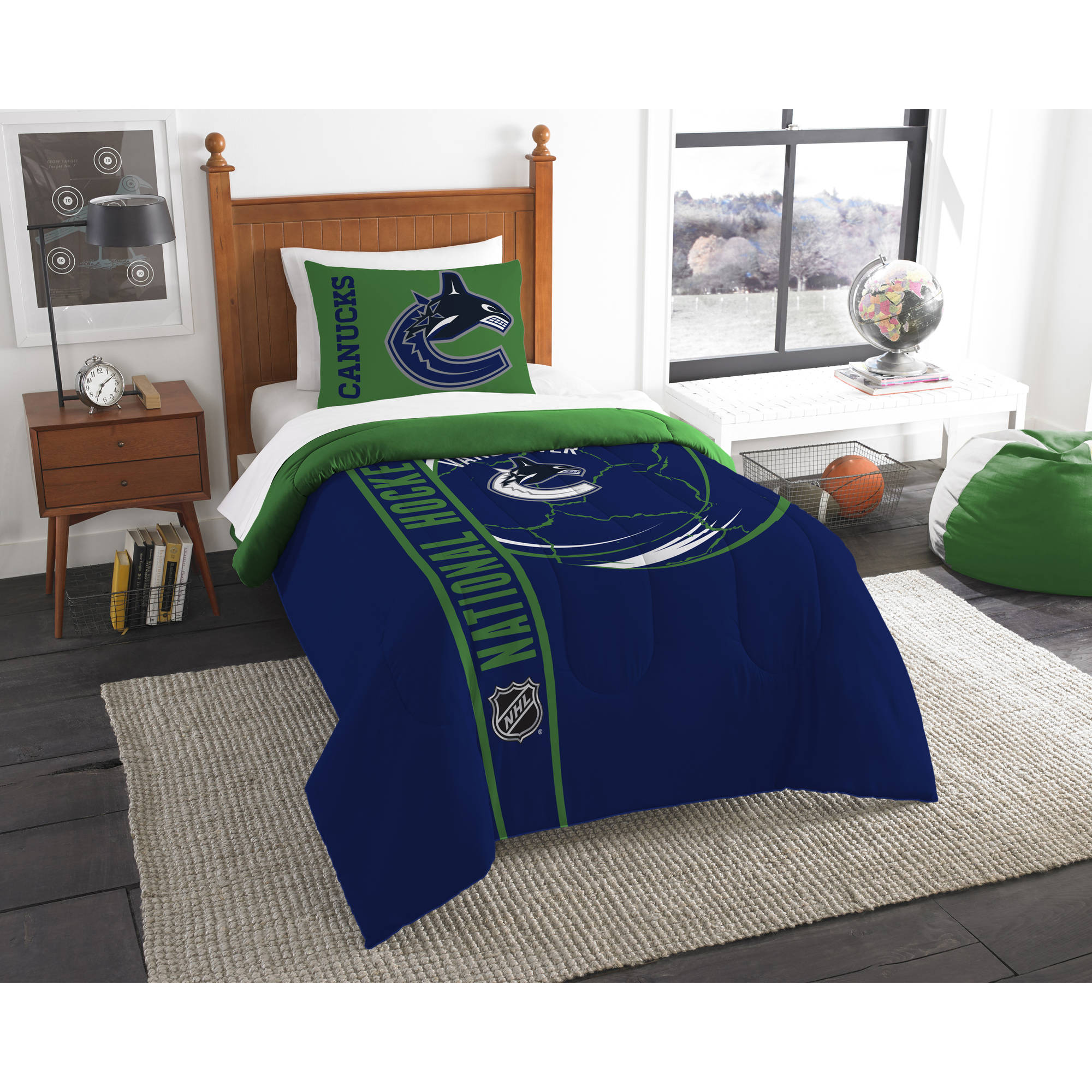 NHL Vancouver Canucks Printed Twin Comforter and Sham Set