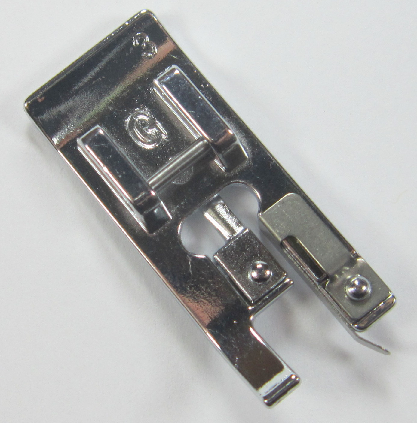 Singer Overcast Foot 006803008 Fits Singer Machines With Snap O Matic Feet See List In Description