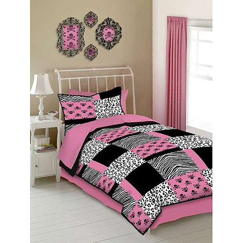 Veratex Pink Skulls Microfiber Reversible Bed in a Bag
