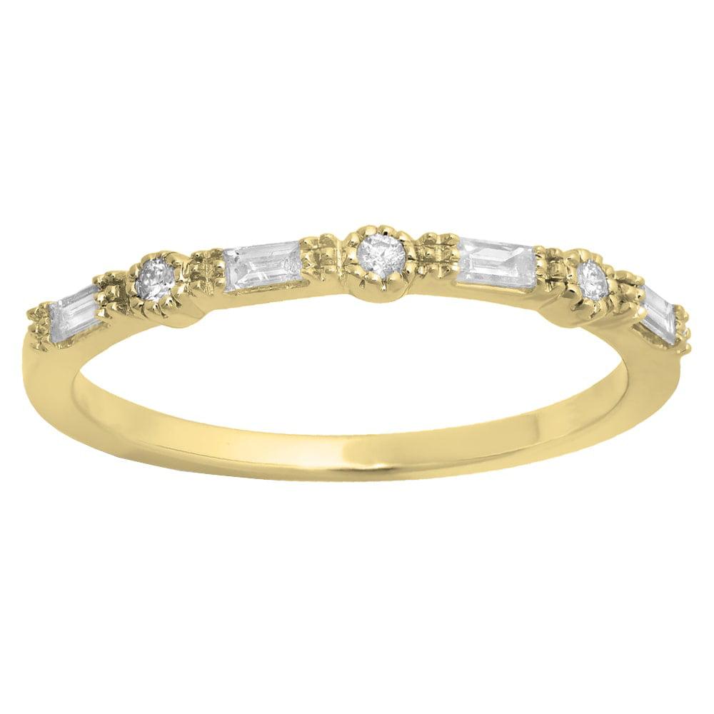 Elora  10K Gold 1/6ct TDW Round & Baguette Diamond Millgrain Wedding Band