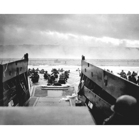 Us Troops At Omaha Beach Normandy France D Day 1944 Poster Print By Mcmahan Photo Archive  10 X 8