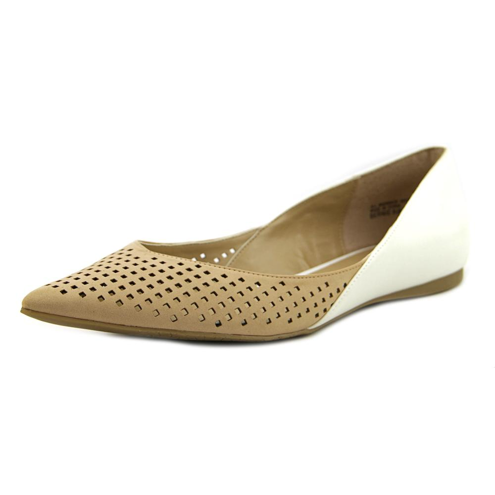 Audrey Brooke Bernie Women  Pointed Toe Synthetic White F...