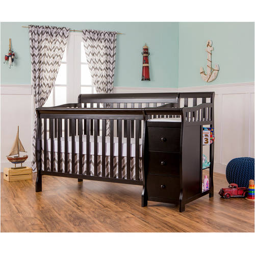 Dream on Me Brody 5-in-1 Convertible Fixed-Side Crib with Changer, Black