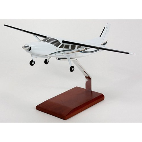 Daron Worldwide Cessna 208 Caravan 1/40 Scale Model Plane