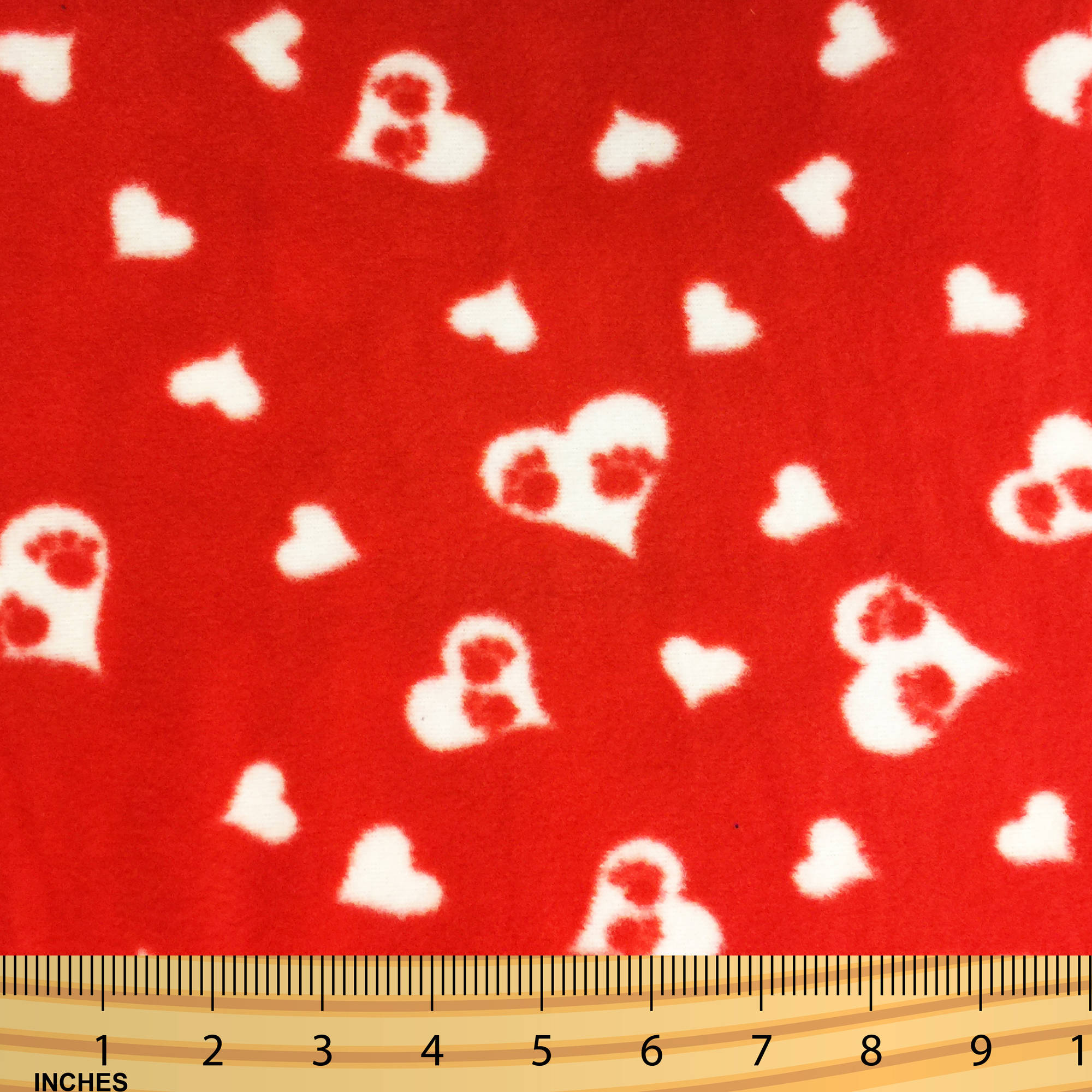 SHASON TEXTILE (2 Yards cut) POLAR FLEECE FABRIC 100% POLYESTER ANTI-PILL, New Valentines Hearts And Paws, 2 Yards Cut