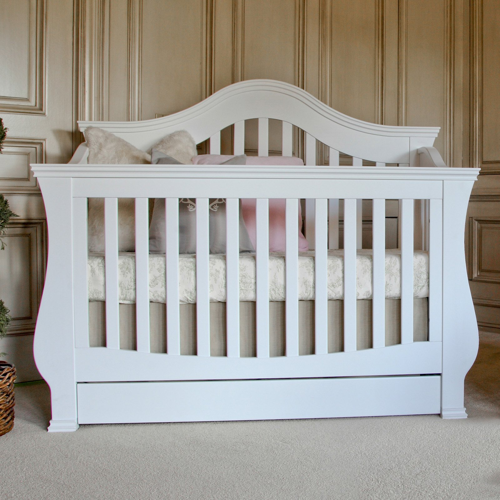Million Dollar Baby Ashbury 4-in-1 Convertible Crib with Toddler Rail by Million Dollar Baby Classic
