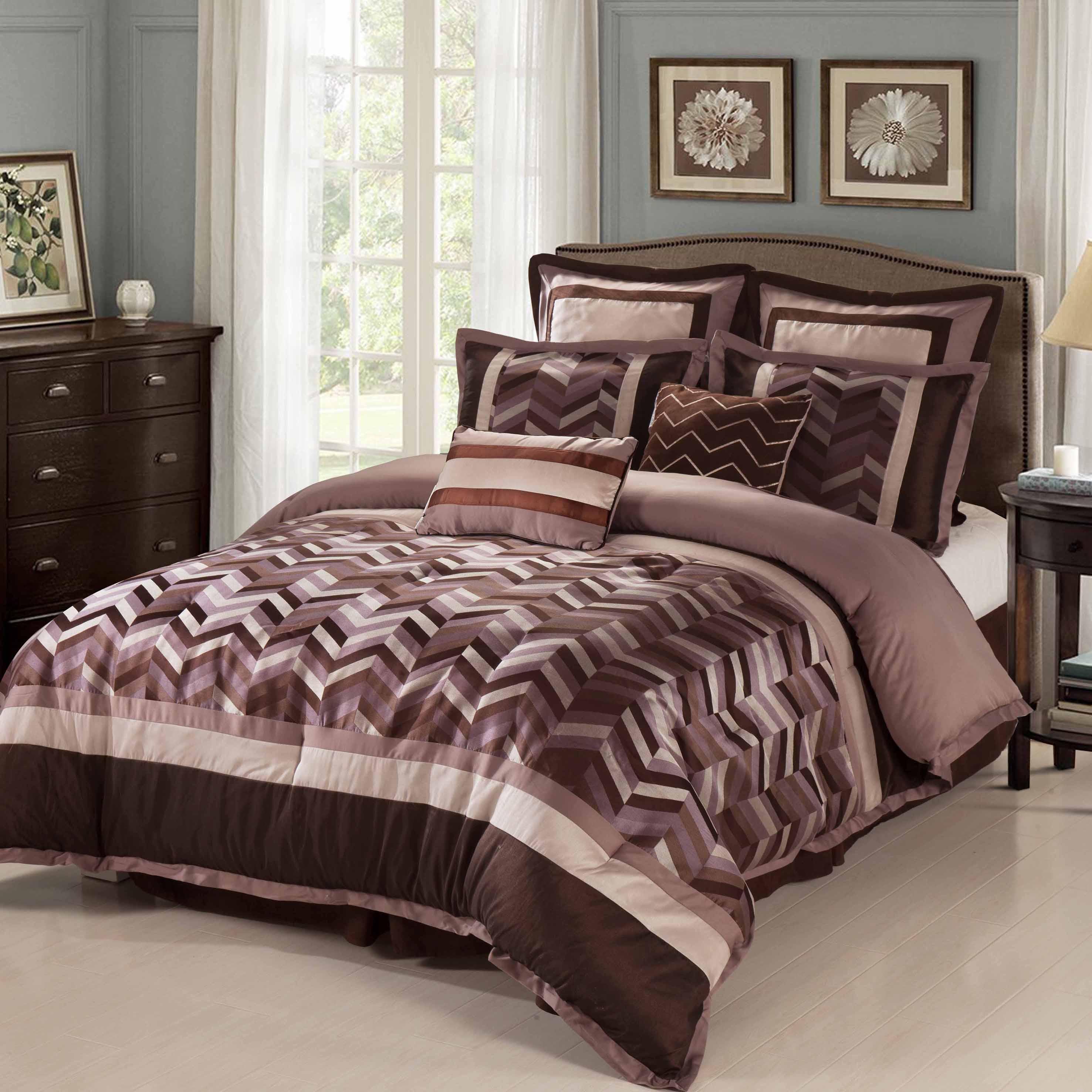 Nanshing Jonathan 8-Piece Reversible Comforter Set