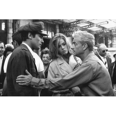 Le realisateur Rene Clement, Alain Delon and Jane Fonda sur le tournage du film Les Felins en, 1963 Print Wall Art
