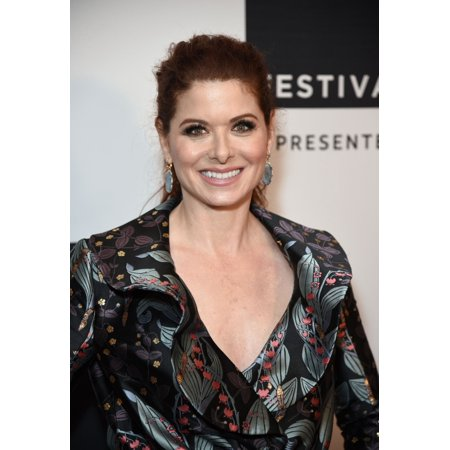 Debra Messing At Arrivals For Will & Grace An Exclusive Celebration And Conversation With Cast & Creators At Tribeca Tv Festival Presented By At&T Cinepolis Chelsea 6 New York Ny September 23 2017 Pho