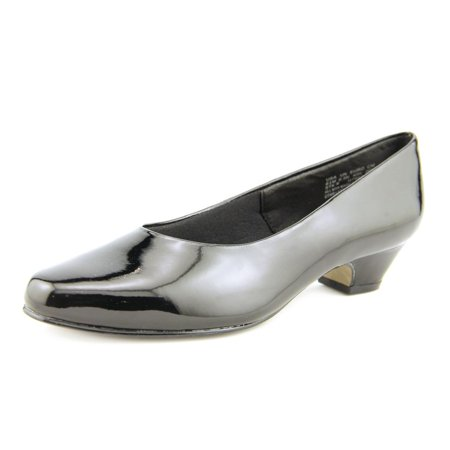 Soft Style by Hush Puppies Angel II  Round Toe Pumps