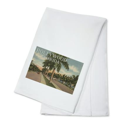 Boulevard Postcard (Hollywood, Florida - Boulevard & Vintage Cars - Vintage Postcard (100% Cotton Kitchen Towel) )