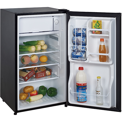 Magic Chef MCBR350B2 Refrigerator, 3.5 Cu Ft, Black