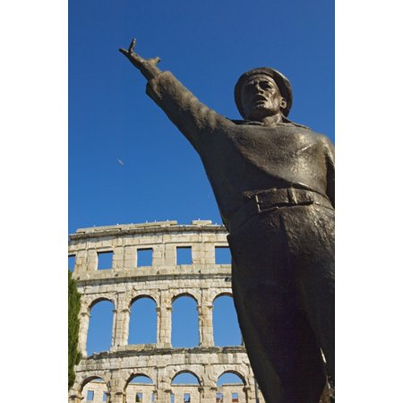 Bronze Statue In Front Of Roman Amphitheater Stretched Canvas - Chris Parker  Design Pics (22 x 34)