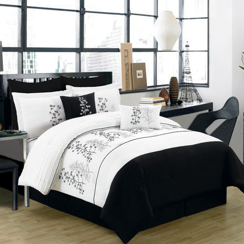 Textiles Plus Inc. 6 Piece Comforter Set