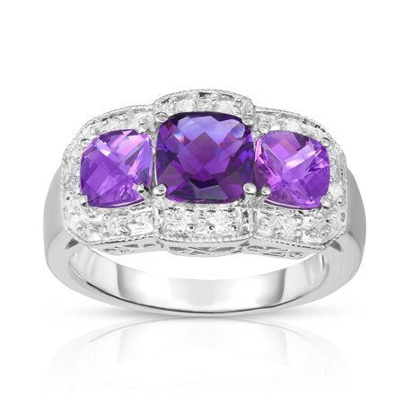- 14k White Gold Cushion Light Amethyst and Diamond (0.15 Ct, G-H, SI2) Cocktail Ring