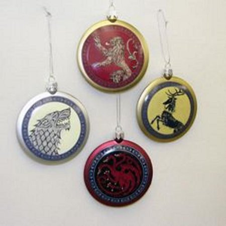 Club pack of 24 game of thrones flat disc shield family for Game of thrones garden ornaments
