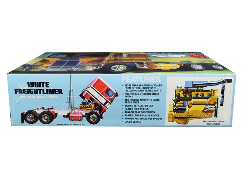 AMT White Freightliner Dual Drive Truck LKW Trailer in 1//25 1:25 AMT  620 Neu