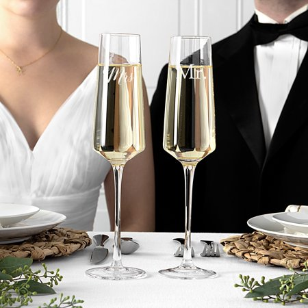 Mr. and Mrs. Wedding 9.5 oz. Champagne Estate Glasses, Set of 2