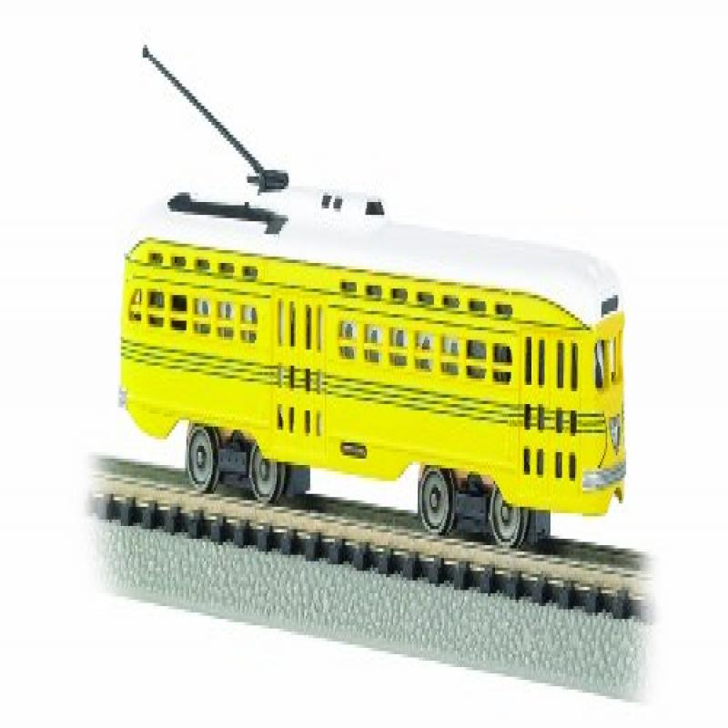 PCC (President's Conference Committee) Streamlined Streetcar - Cincinnati (yellow, green) Standard DC - N Scale