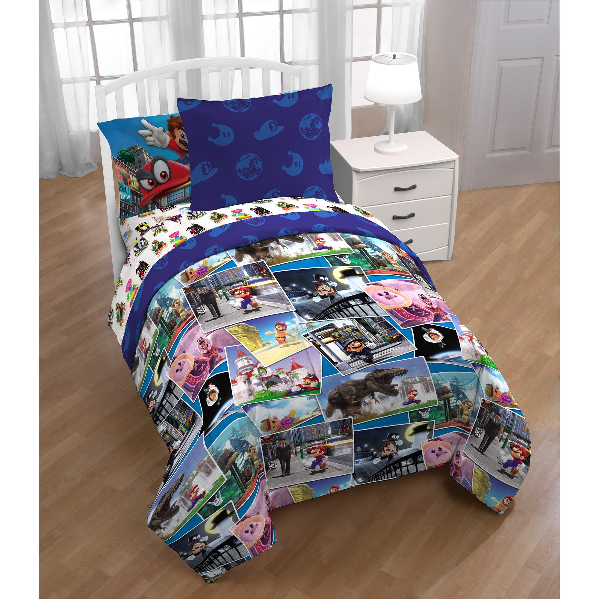 Super Mario 5Pc Bedding Set, Twin, Bed in a Bag with BONUS TOTE!, Around the World