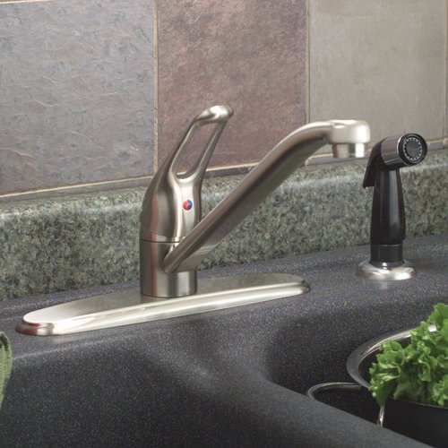 Bayview Single Handle Kitchen Faucet with Side Spray
