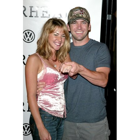 Lucas Black And Guest At Arrivals For Jarhead Premiere The Arclight Hollywood Cinema Los Angeles Ca October 27 2005 Photo By Jeremy MontemagniEverett Collection Celebrity