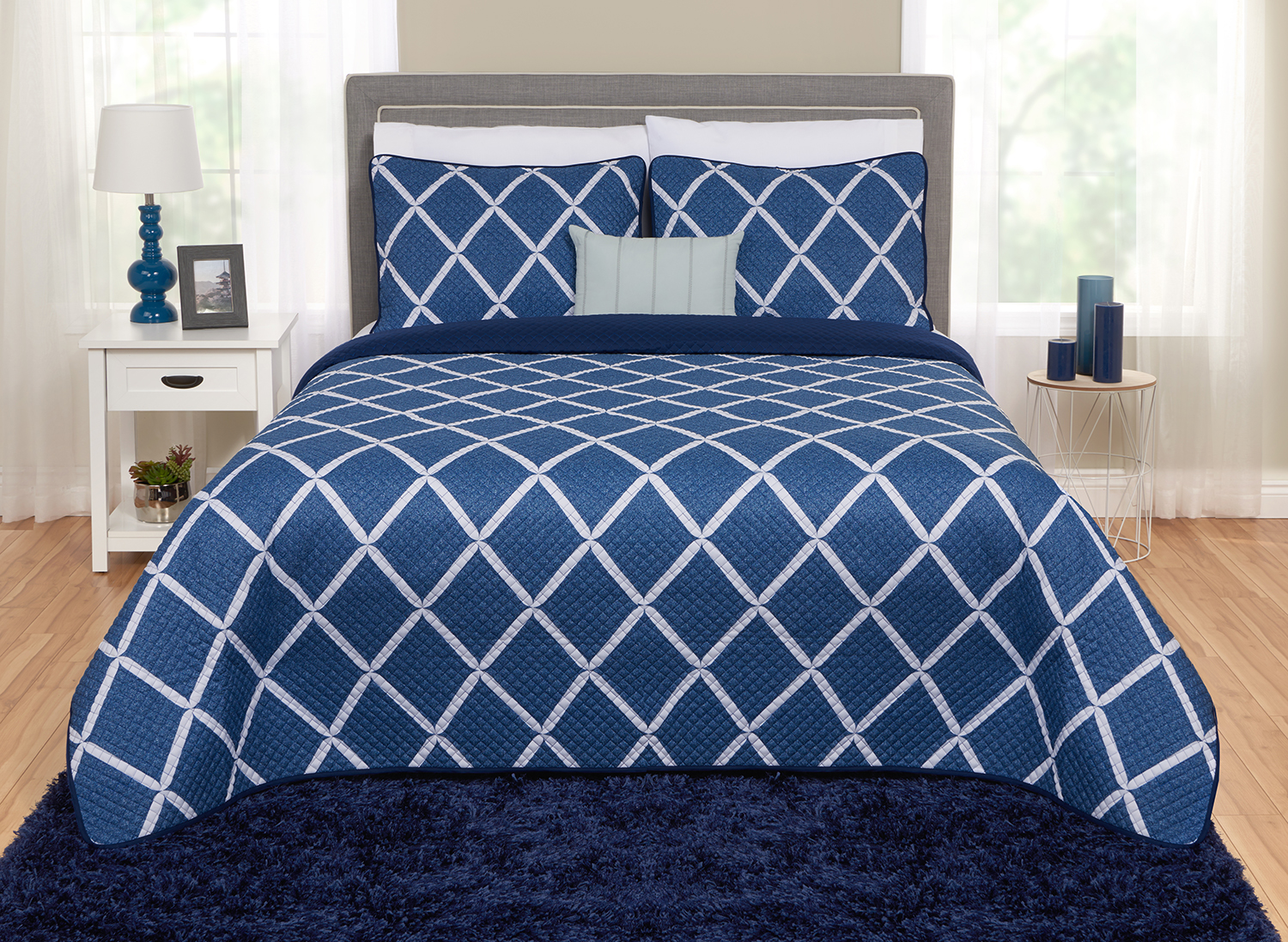 Better Homes and Gardens Diamond Quilt, Sham & Dec Pillow Set by Beco Industries