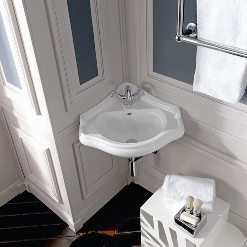 WS Bath Collections Retro Ceramic 17'' Corner Bathroom Sink with Overflow