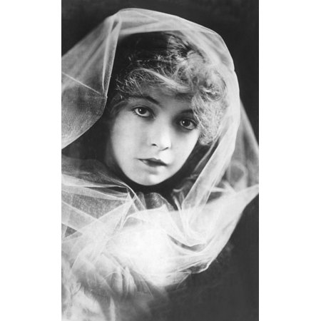 Daphne And The Pirate Lillian Gish 1916 Photo Print](Pirate Photos)