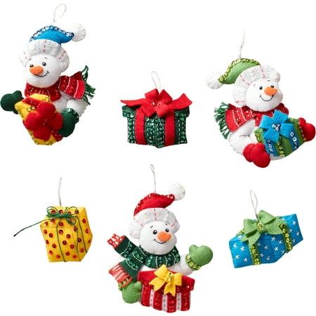 Bucilla Felt Ornaments Applique Kit 4.5