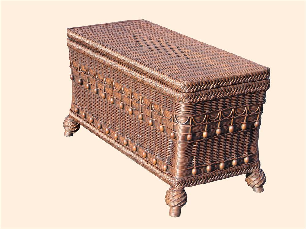 Classic Wicker Storage Trunk