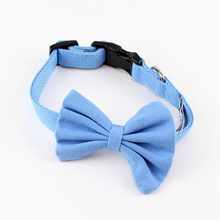 Bow Tie Dog Collar Canvas by Midlee ()