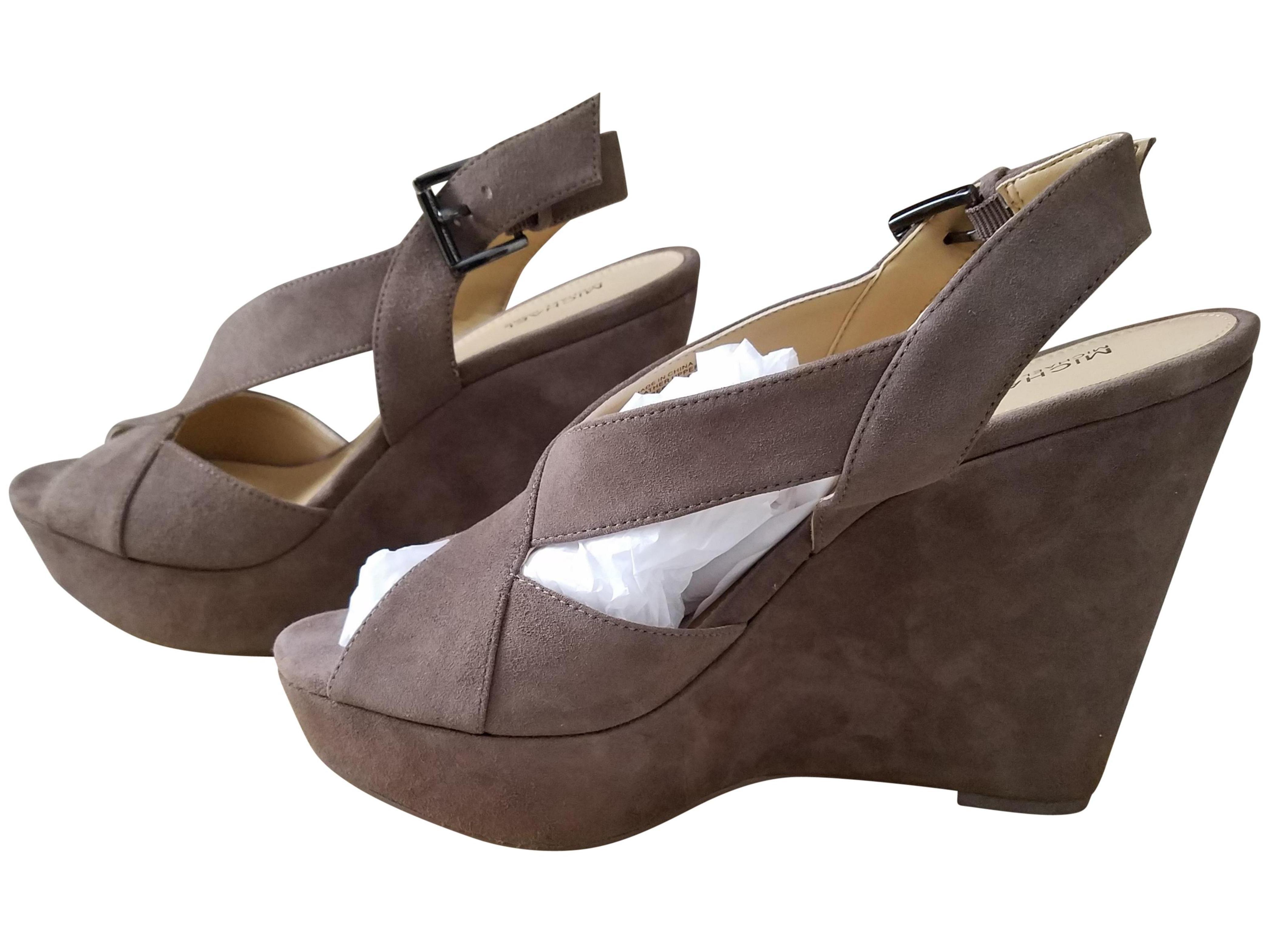 ba91dfbb53b Michael Michael Kors Womens becky suede Open Toe Ankle