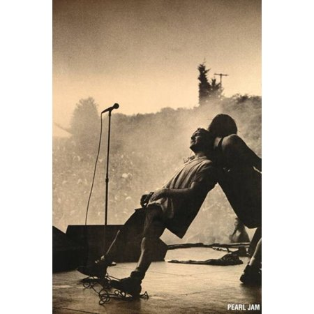 Pearl Jam - Leaning Live Leaning Poster Poster (Pearl Full Poster)