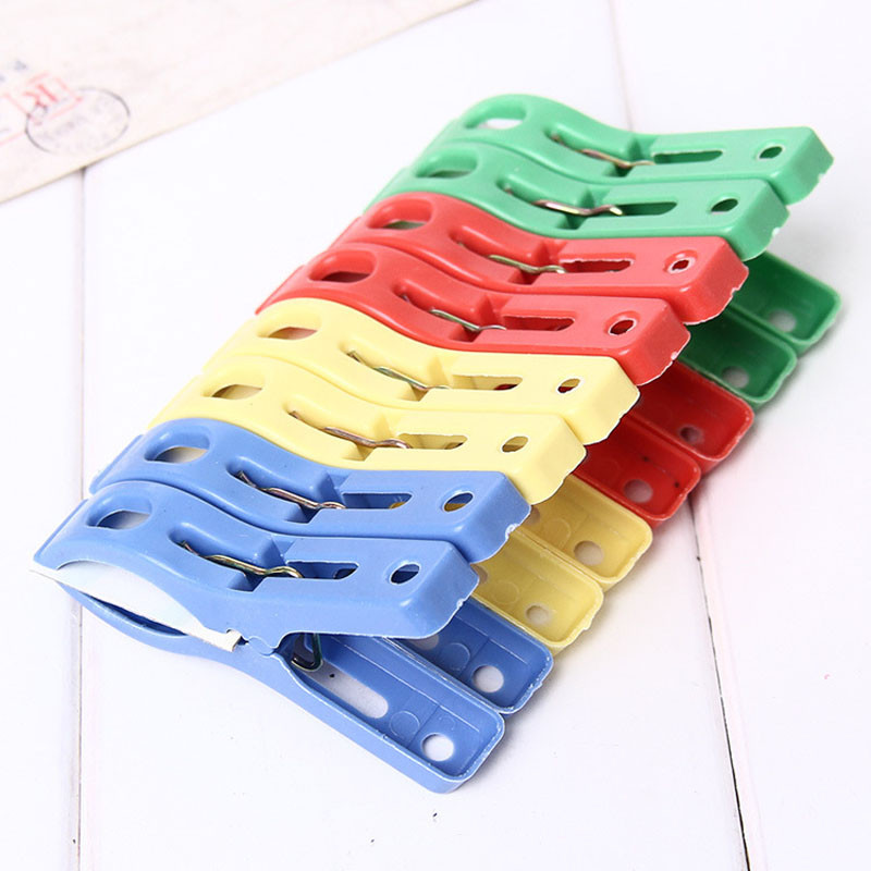 MallroomSet of 8 Beach Towel Clips in Fun Bright Prevents Towels Blowing Away
