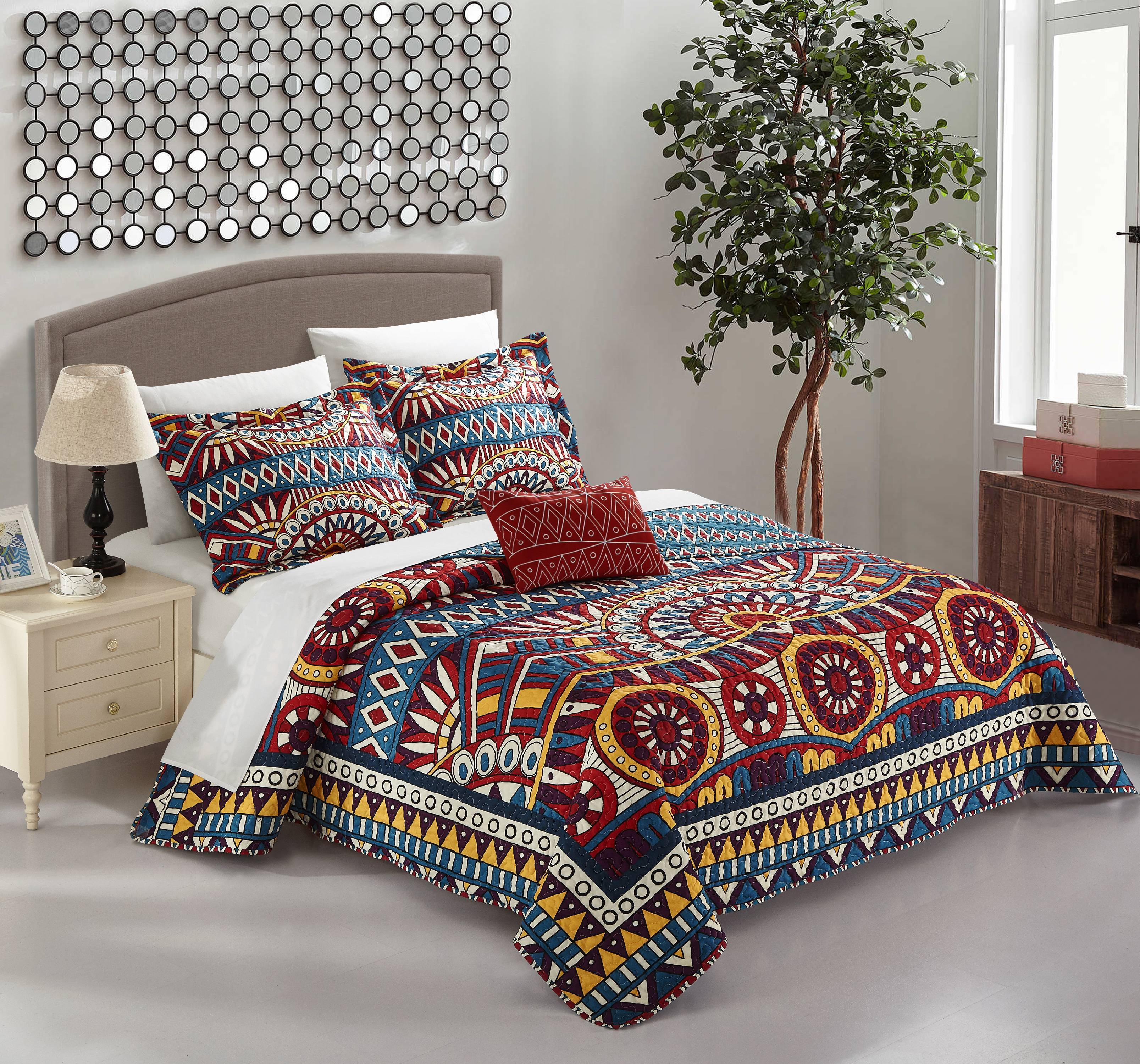 Chic Home Kaemon 4 Piece Reversible Quilt Cover Set Globally Inspired Boho Print with... by Chic Home