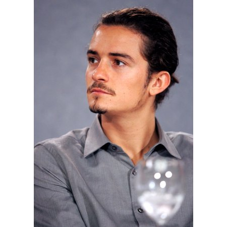 Orlando Bloom At The Press Conference For Elizabethtown Premiere At Toronto Film Festival Sutton Place Hotel Toronto On September 11 2005 Photo By Malcolm TaylorEverett Collection Celebrity - Halloween Festivals In Orlando