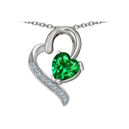 Star K 7mm Heart Shape Simulated Emerald Heart Pendant Necklace in Sterling (Sterling Silver Star Shape)