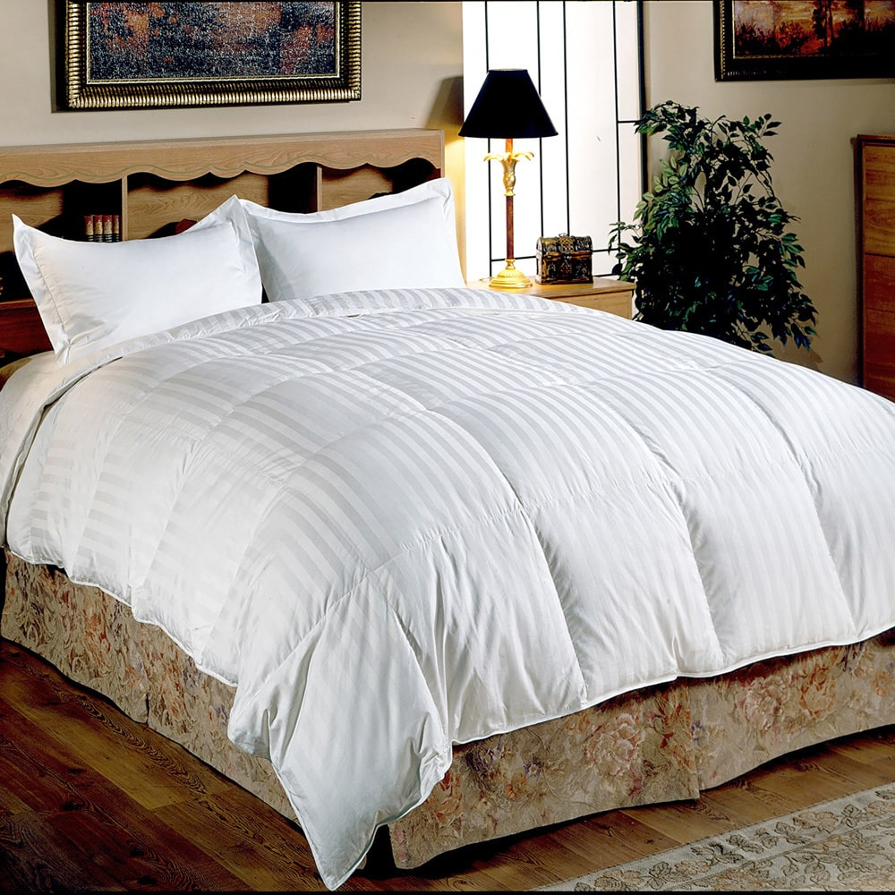 Hotel Grand Oversized 500 Thread Count Medium Warmth Siberian White Down Comforter Full/Queen
