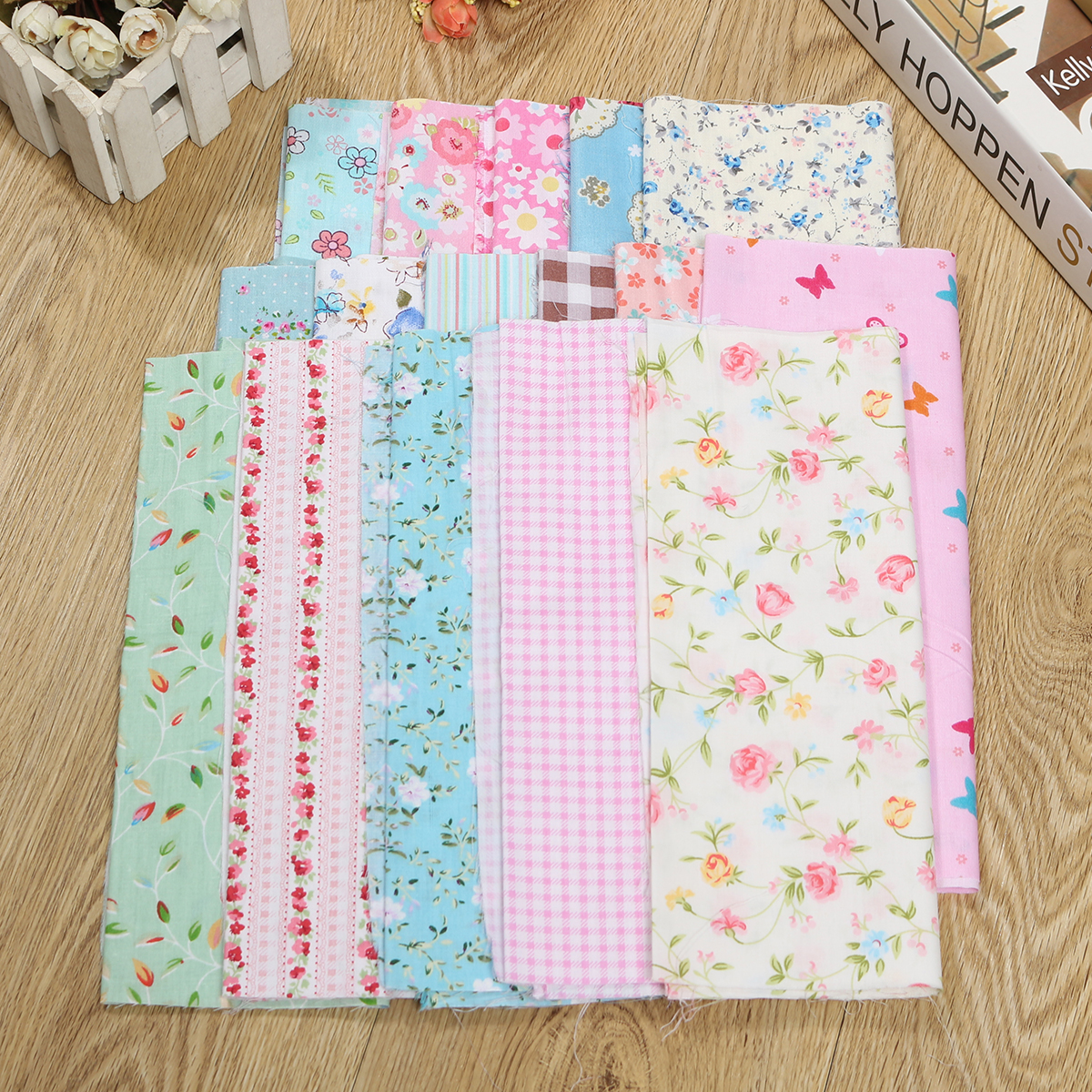 POLY COTTON FABRIC BUNDLES.FAT QUARTERS OR 10 INCH.FUNKY.MULTI CRAFTS.SEWING.