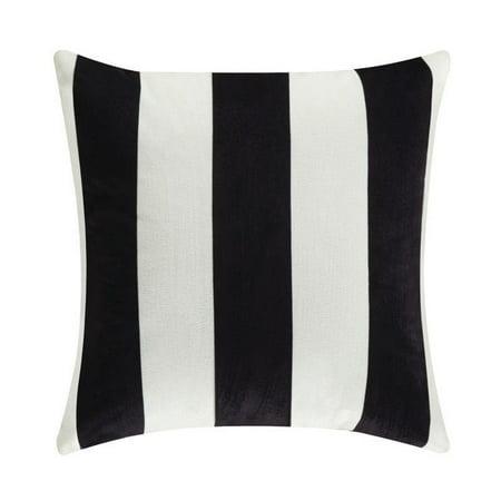 Black And White Throw Pillow Set : Coaster 18